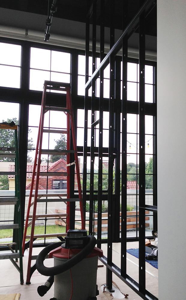 Glass wall5