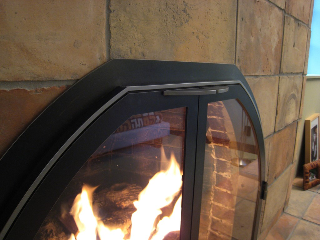 fireplace doors3